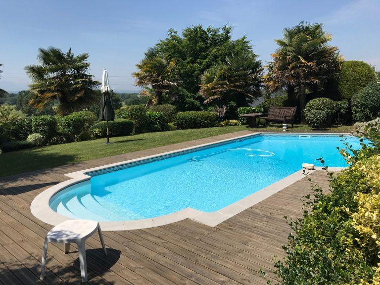 Entretien extérieur piscine Pau Morlaas